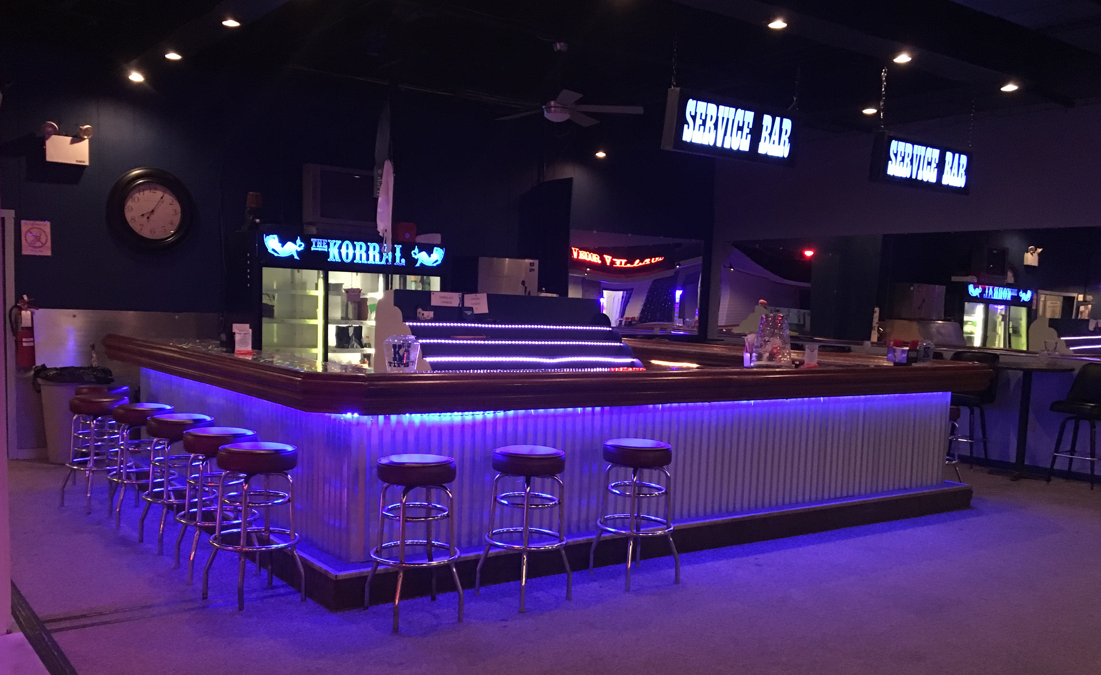 The korral Bar Area. Staffed by friendly bar tenders and stocked with mixers for your BYOB drinks.